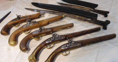 Изложба на оръжия от преди два века в Деня на Независимостта
